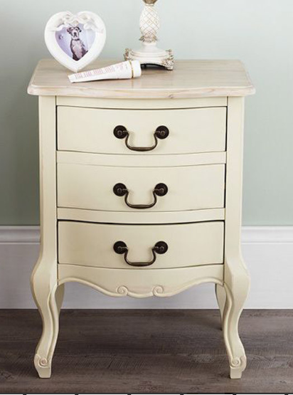 lily-manor-lemaire-3-drawer-bedside-table