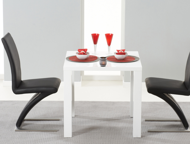 white-high-gloss-dining-table-with-hampstead-z-chairs