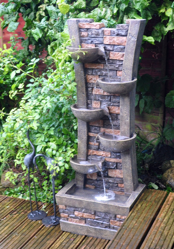 kingfisher-wall-and-bowl-cascading-water-fountain-with-light