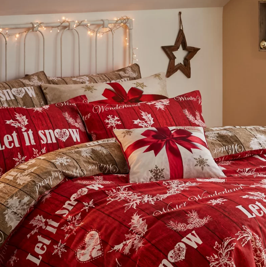 catherine-lansfield-christmas-garland-duvet-cover-set