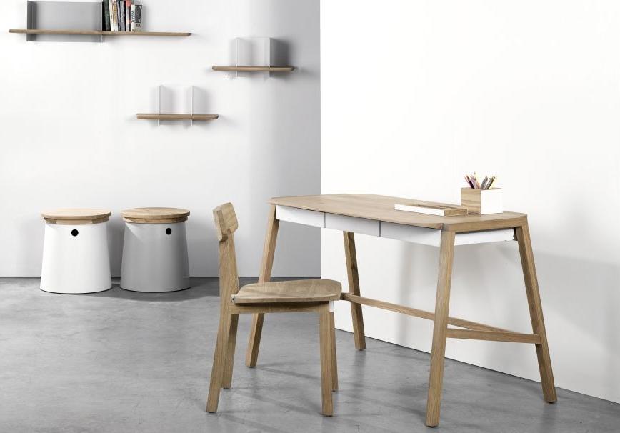 verso-white-desk